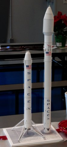 john j s has created the new falcon 9 privately funded rocket this model is brought to you in living color in 1 100 scale